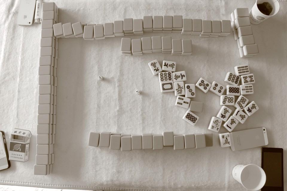 Mahjong, un juego de cartas que mejora la agilidad mental