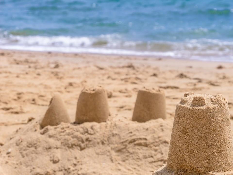 10 beneficios de hacer castillos de arena