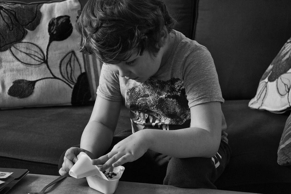 Un maestro madrileño crea RESETEA, un reloj que mejora la vida de las personas con autismo