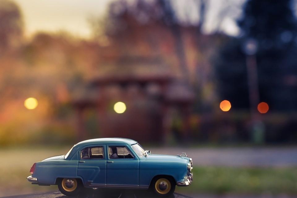 ¿Vais a viajar con niños en Navidad? Descubrid estos juegos para las travesías en coche