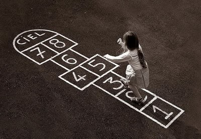 La rayuela, una excelente forma de aprender jugando