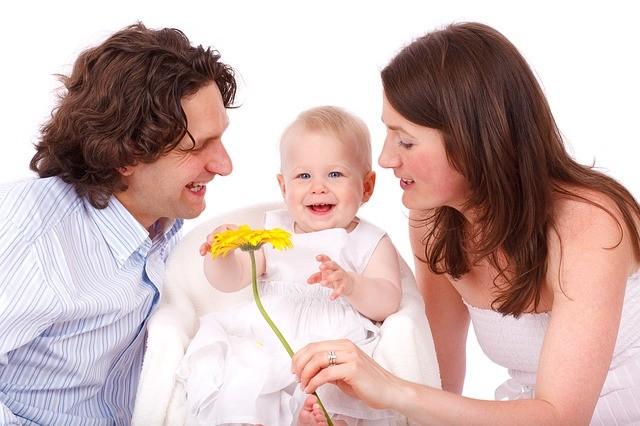 El cariño favorece el desarrollo del cerebro de los niños