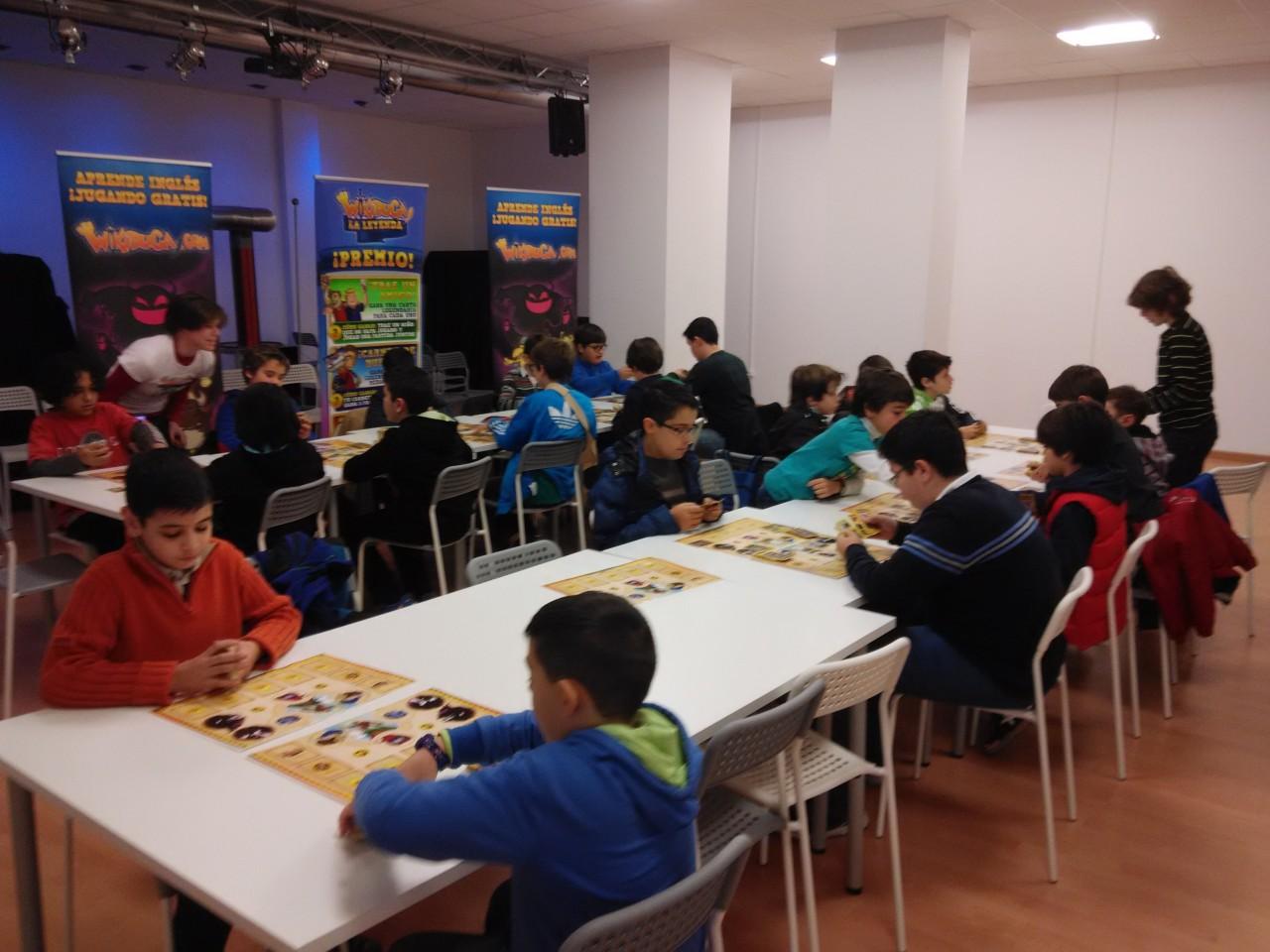 Nuevo torneo de cartas y… ¡taller de diseño de mazos!
